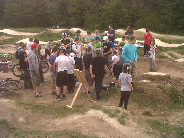 Bolehill's Summer Pump Track race – Round one video